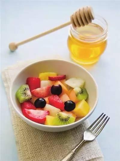 蜂蜜水果沙拉