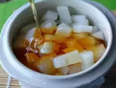 麦卢卡蜂蜜萝卜水制作所需要的麦卢卡蜂蜜