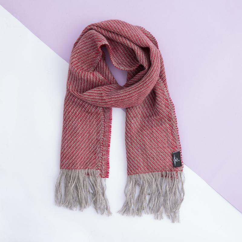 新西兰Stansborough指环王系列灰羊毛斜纹编织围巾 大红