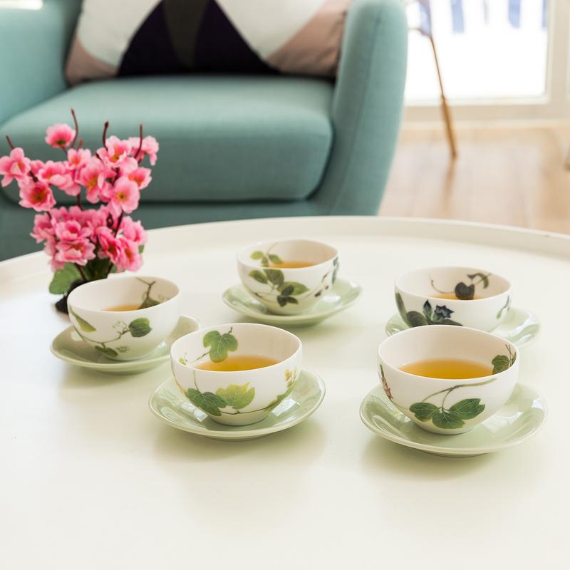 AITO美浓烧陶瓷茶杯茶杯托5组套装 【林静一春花系列】绿色