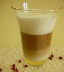 牛奶蜂蜜咖啡