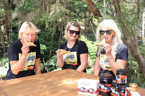 UMF5+Kare麦卢卡蜂蜜面包蘸蜂蜜食用