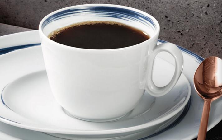 Seltmann Weiden咖啡杯装咖啡后展示