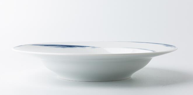 Seltmann Weiden蓝描系列瓷器餐盘侧面