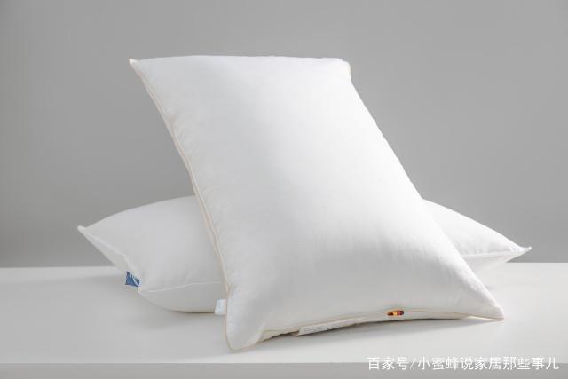 为什么你总是落枕?睡觉时如何保护肩颈